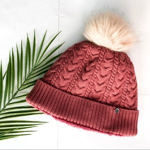 LuluLemon | Cable Knit Pom Hat